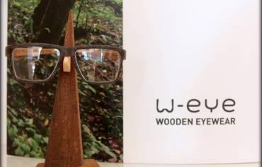 W-EYE – Ogni singolo occhiale viene prodotto artigianalmente